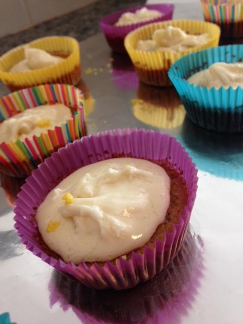 gluten free lemon poppyseed cupcakes
