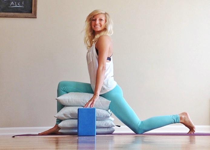 Crescent Lunge - Yoga Cancer