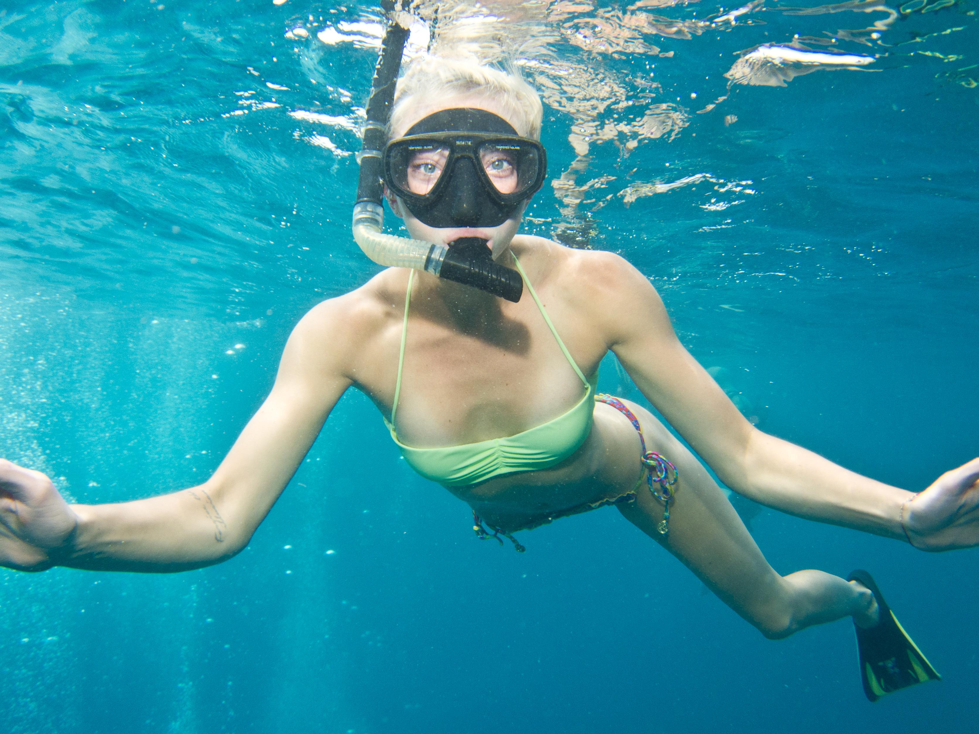 nina-snorkel-1